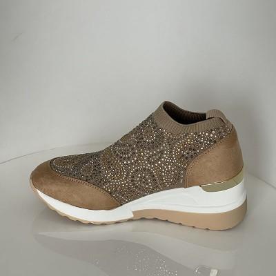 Sneakersy Menbur 22384 0029 Arena Sand